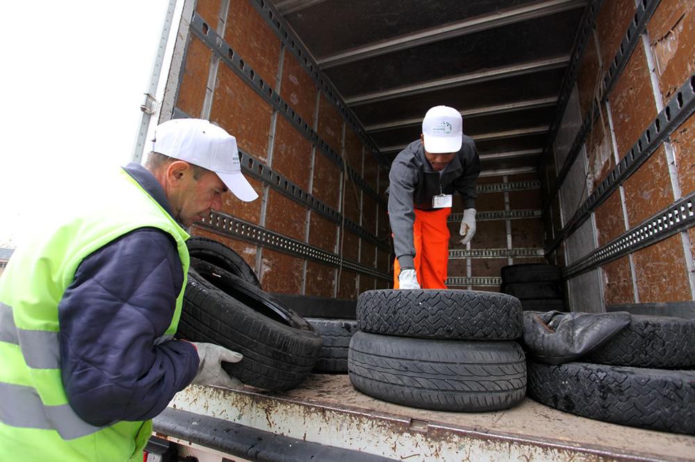 Ecopneus pneumatici fuori uso industriagomma